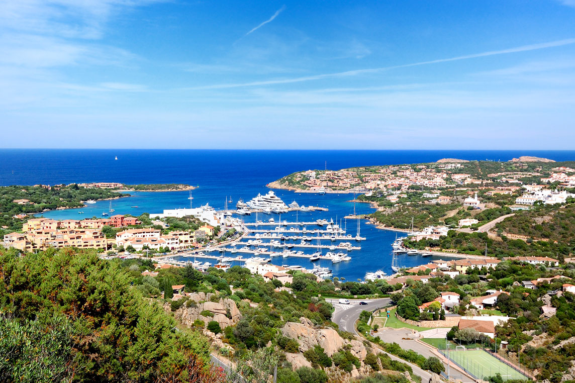 Porto Cervo - Yacht charter Scuderia