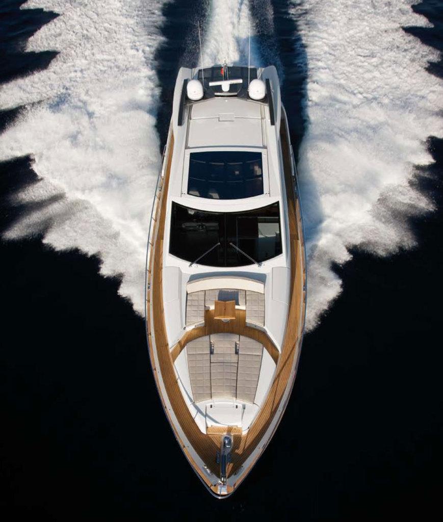 Photo Yacht charter Scuderia